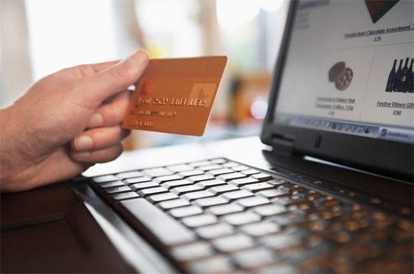 Заведите для накоплений отдельную банковскую карту
